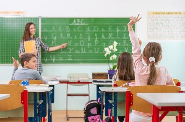 Почему у большинства не получилось выучить английский в обычной школе?